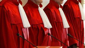 Entwurf für Bundesverwaltungsgericht: rot-weiß-rot