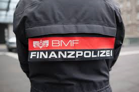 Mitarbeiter der Finanzpolizei Quelle: BMF